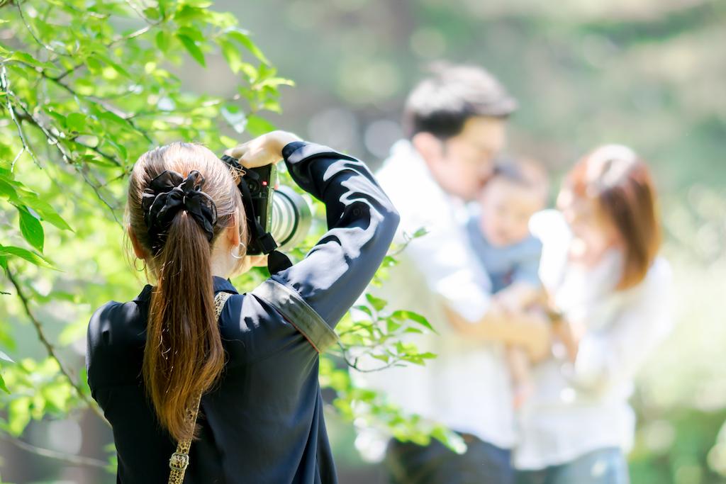 出張カメラマンについて知りたい。気になる出張料金、撮影までの流れを解説!