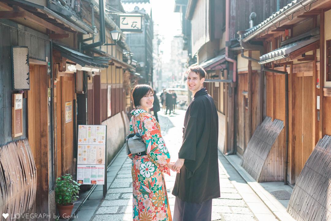 英語で聞いて日本語で返す。国際カップルの気持ちの交わし方。  5番目の写真