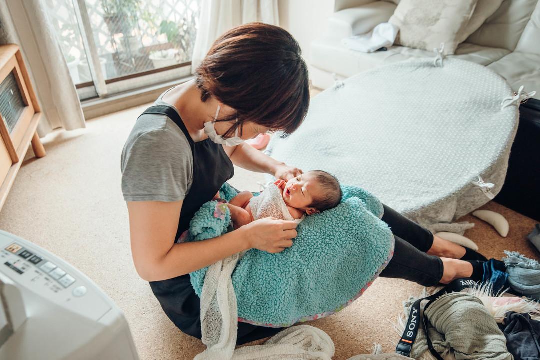 """赤ちゃんがうまれた喜びを形に残す""""アートニューボーンフォト""""の撮影に密着♩撮影同行レポートvol.2  5番目の写真"""