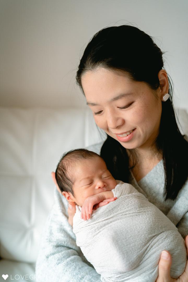"""赤ちゃんがうまれた喜びを形に残す""""アートニューボーンフォト""""の撮影に密着♩撮影同行レポートvol.2  12番目の写真"""